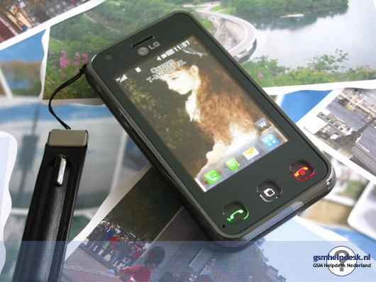 lg renoir 8 gb black LG Renoir 8 GB Black, Touch LG