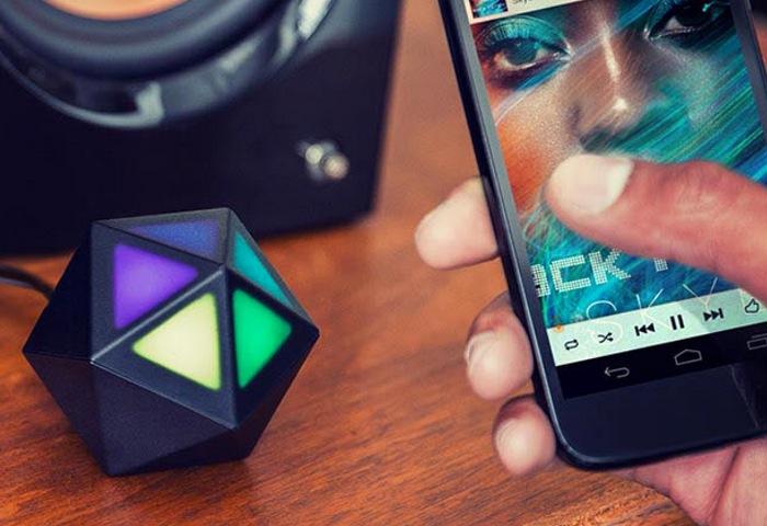 Moto Stream Bluetooth convierte cualquier parlante en inalámbrico