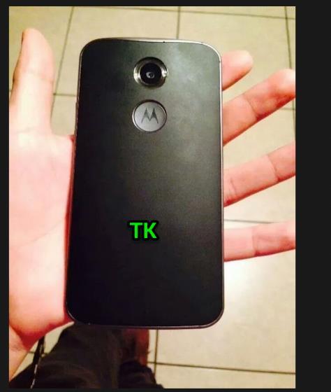 Se filtra imagen del Moto X+1 en color negro