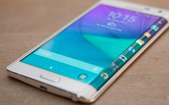 Samsung Galaxy Note Edge comienza a recibir la actualización del Android Lollipop 5.0.1